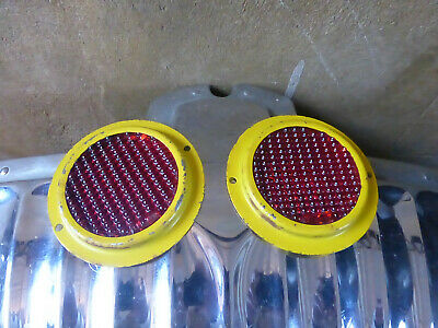 2 x Glass Rear Reflectors Trailer / Willys Jeep Type? Marked TPU 322 2nd Pair