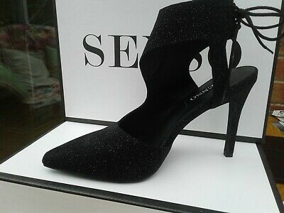 Senso, size 6  Raven micro dot  leather shoes. Immaculate cond.
