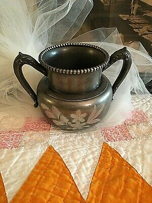 Victorian Silver Plate Spooner/Sugar Bowl Colonial Silver Co with Etched Design