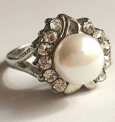 Silver Pearl Art Deco Cocktail Ring Size 8 9 10 Statement Plated Crystal White