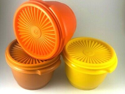 Tupperware Vintage containers x 3 - Press and Seal Lidded Containers - 600ml