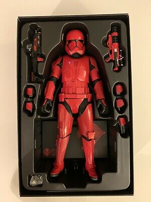 Hot Toys Star Wars 1/6 Sith Trooper SDCC 2019 Exclusive Previously Displayed
