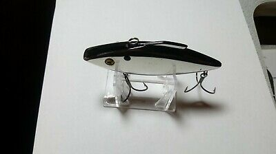 4 Inch, Rat-L-Trap, Musky/Salt Water, Silver, Black Back, Red Throat, Used