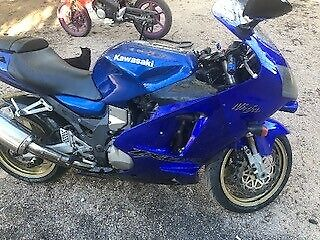 kawasaki zx12r 2000 unrestricted model motocycle can supply nsw blue slip