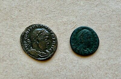 A lot of 2 bronze Late Roman follis to catalogue. Nice pieces!