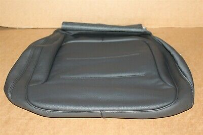 VW Toaureg Right front Leather Heated seat base cover 7P6881406GMY0A New Genuine