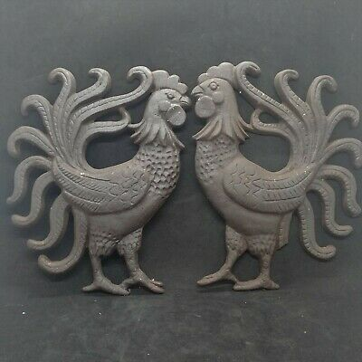 """Vintage Dark Brown Cast Iron Roosters Wall Art Kitchen 10"""" x 7"""" Farm House Chic"""