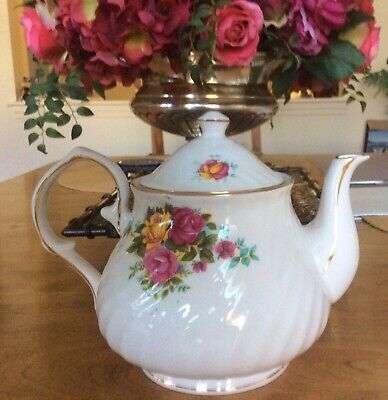 Hitkari Teapot Bone China India Gold Trim Floral Roses.