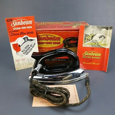 Vintage Sunbeam Ironmaster A-4 1000 Watts Original Steam-or-Dry Iron Box 1940's
