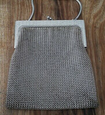 Beautiful antique Whiting & Davis silver chainmail mesh bag excellent condition