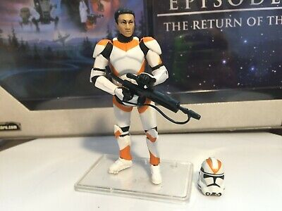 Hasbro Star Wars Clone Trooper 212th Battalion Vintage Collection VC38 Figure
