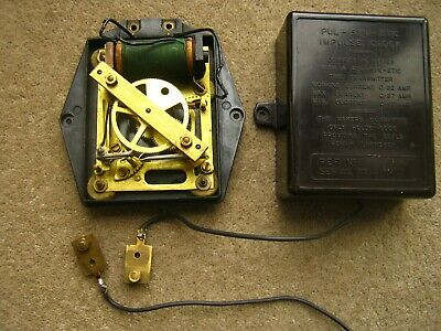 Pulsynetic Impulse Clock Slave Dial Movement. Bakelite Case. Gents of Leicester