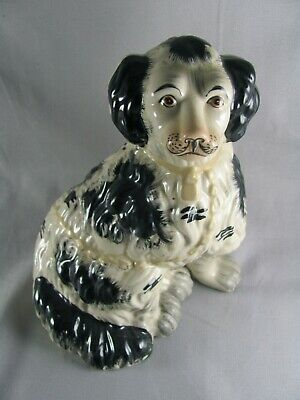 "Staffordshire Reproduction King Charles Spaniel Black Dog Statue, 8-1/4"", vtg"