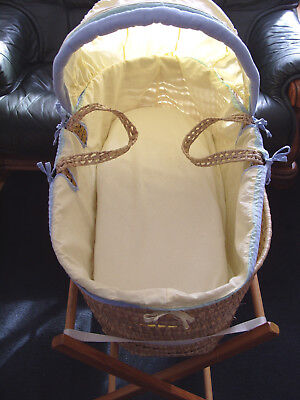 Wicker Moses Basket + Hood + Pine Stand + SleepCurve Mattress - Pale Yellow
