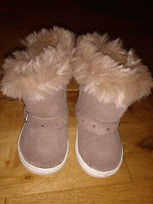 Infant Girls NEXT fluffy Lined Pull On Boots SIZE 3/19 bnwt