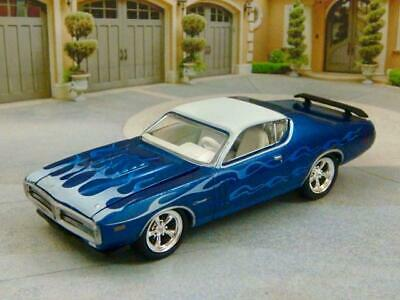 RESTO MOD 1971 71 Dodge Charger V-8 Sport Coupe Street Rod 1/64 Scale Ltd Edit R