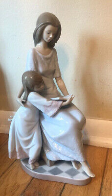 """LLadro """"Bedtime Story"""" #5457 Figurine Mother Daughter Child Reading New"""