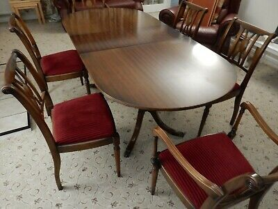 Mahogany dinning table + 6 chairs