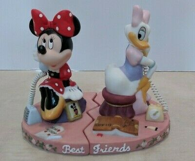 RARE Minnie Mouse and Daisy Duck - Best Friends - Walt Disney Parks - Two Pieces