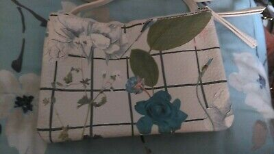 Brand New Fiorelli White Floral Messenger Bag - With Tags Christmas
