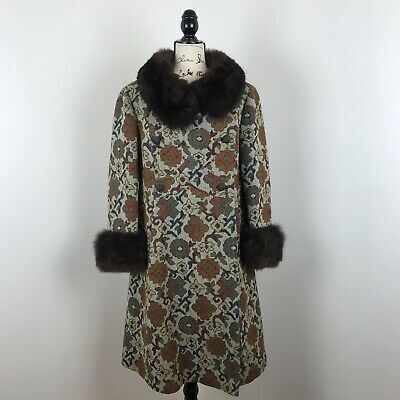 RARE Tapestry Carpet Coat Boho Shearling Fur Cuffs & Collar vtg women Size S/M