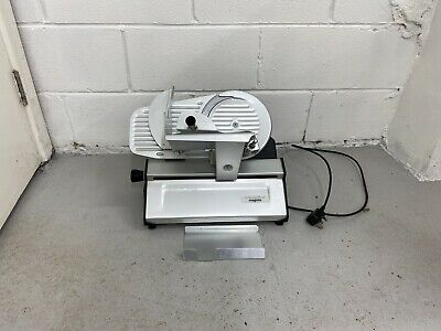 The slicer pro 220 magimix.