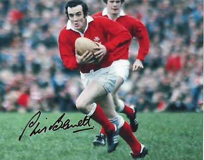 PHIL BENNETT In Person Signed 10x8 Photo WALES RUGBY UNION LEGEND Proof COA
