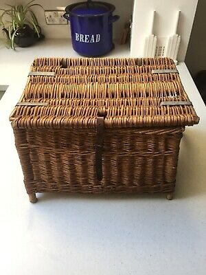 Old Vintage Small Wicker Fishing Basket Coarse Tackle Picnic Toy Storage Log