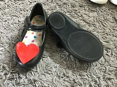 girls Mini Melissa shoes  Worn once  Excellent condition 8 USA Size (UK tod 6)