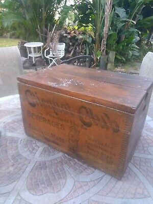 Antique wood box-crate with lid CLICQUOT CLUB Eskimo Soda Bottle Ice box