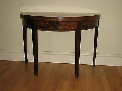 Victorian Extendable Mahogany Dining / Tea / Side Table