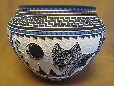 Native American Acoma Pueblo Hand Etched Wolf Pot by RLN Garcia