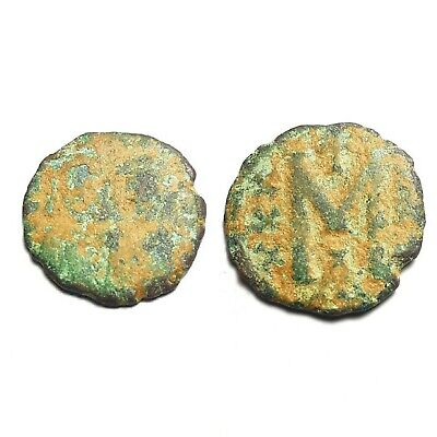 coin Byzantine Empire. Justinian I, 527-565 AD. Large bronze follis
