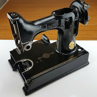 Singer Featherweight 221 Sewing Machine Body Hull Shell Frame Only Parts Restore