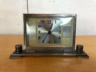 Vintage Art Deco 1920's Metal Square Mantlepiece Clock (Unsure if working)
