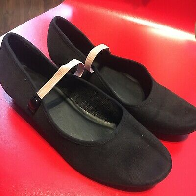 cuban heel character shoes Size 4.5