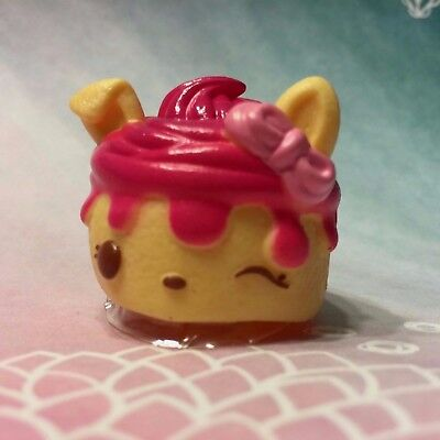 Num Noms Series 2 Cherry Cheesecake 067 Scented Cover