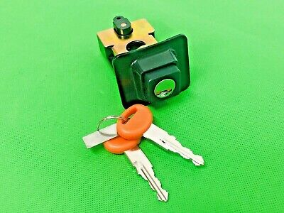 VESPA P 150 X 1978 1981 SEAT LOCK /& KEYS FOR SUPER CORSA /& ANCILOTTI SEATS
