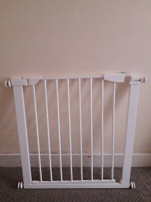 Cuggl pressure fit safety gate(cash on collection only)
