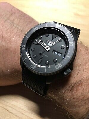 NEW Seiko 5 Sports Men's Black Dive Watch SRPD79 Automatic Stealth PVD 100m