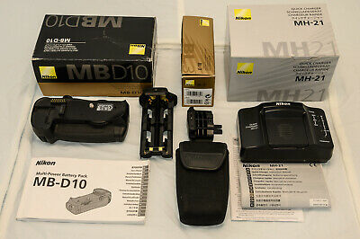 Nikon Multi-Power Battery Pack MB-D10 without batteries for D700, D300, D300s