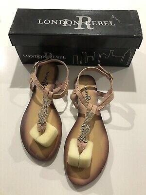 Womens / Teenage Girls Sandles / Sandals Size 8 Nude Colour with Diamontes