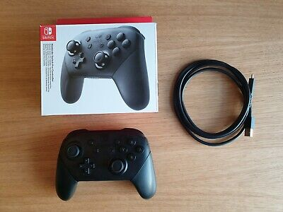 Nintendo Switch Pro Controller - Black - Excellent Condition