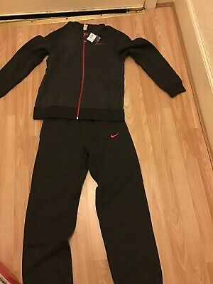 Boys Dark Grey & Red Nike Tracksuit Brand New With Tags Size Large Age 12-13