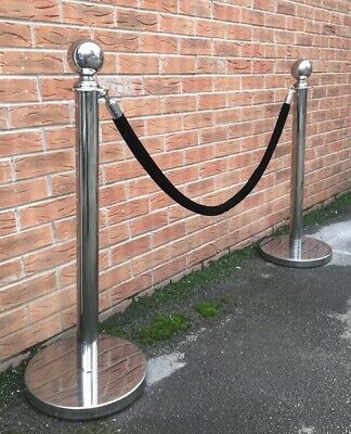 Heavy Duty Cafe Barriers With Black Velvet Rope Crowd Control
