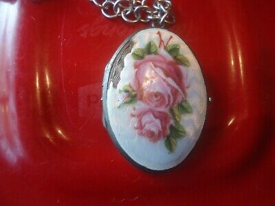 Guilloche Sterling Silver Enamel Pink Roses n Green leaves Large Photo Locket