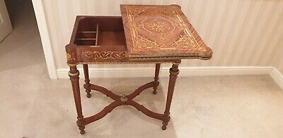Georgian Mahogany Walnut Card Table With Drawer Inside -