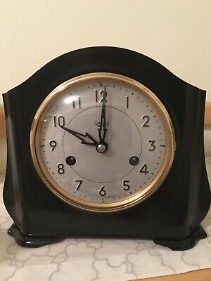 Smiths Enfield Striking 8 Day Bakelite Mantel Clock