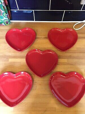 Set Of 5 Red FLORA Heart Plates