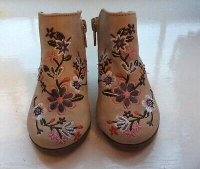 Gorgeous River Island Girls Boots Shoes Embroidery, Zip Fastening Size 3 Infant